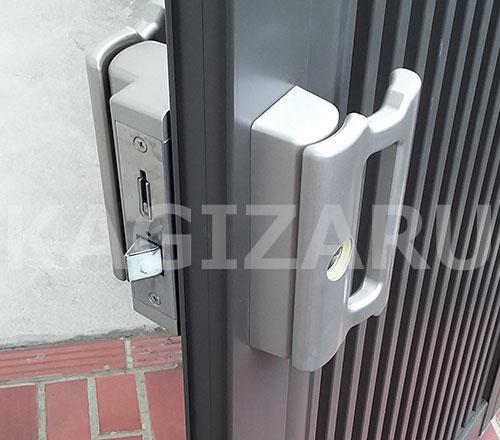 門扉錠の修理